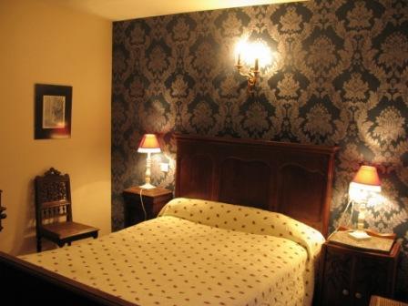 2-131 Grande Chambre confortable